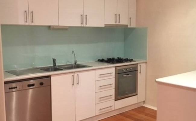 https://assets.boxdice.com.au/village_real_estate/rental_listings/1228/f48186f5.jpg?crop=650x400