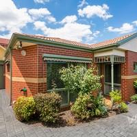 https://assets.boxdice.com.au/village_real_estate/rental_listings/1440/6cf936cc.jpg?crop=200x200
