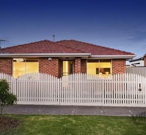 https://assets.boxdice.com.au/village_real_estate/rental_listings/689/111db0a6.jpg?crop=288x266