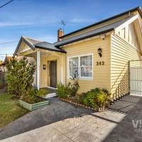 https://assets.boxdice.com.au/village_real_estate/rental_listings/761/276f2030.jpg?crop=200x200