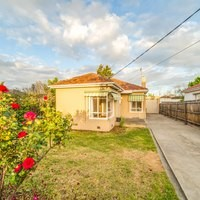 https://assets.boxdice.com.au/village_real_estate/rental_listings/827/877e530c.jpg?crop=200x200