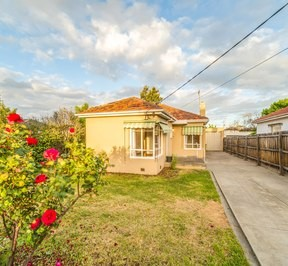 https://assets.boxdice.com.au/village_real_estate/rental_listings/827/877e530c.jpg?crop=288x266