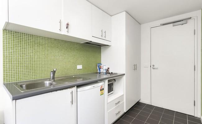 https://assets.boxdice.com.au/village_real_estate/rental_listings/880/5482b5d1.jpg?crop=650x400