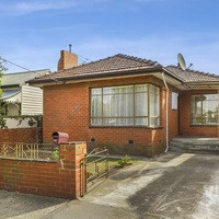 https://assets.boxdice.com.au/village_real_estate/rental_listings/935/9828b6ab.jpg?crop=200x200