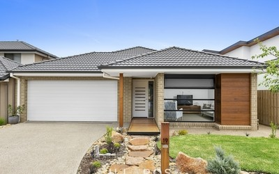 https://assets.boxdice.com.au/villarosa_re/listings/144/35a18211.jpg?crop=400x250