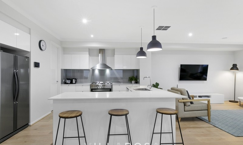 https://assets.boxdice.com.au/villarosa_re/listings/58/f4bed60a.jpg?crop=800x480