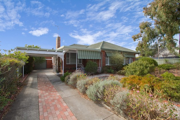 https://assets.boxdice.com.au/webster_re_bendigo/listings/356/57007a3c.jpg?fit=630x430
