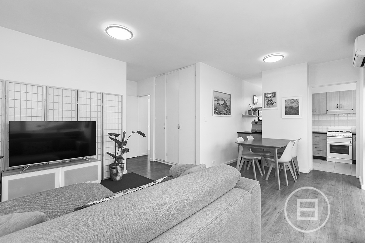 8/215 Alma Road, ST KILDA EAST