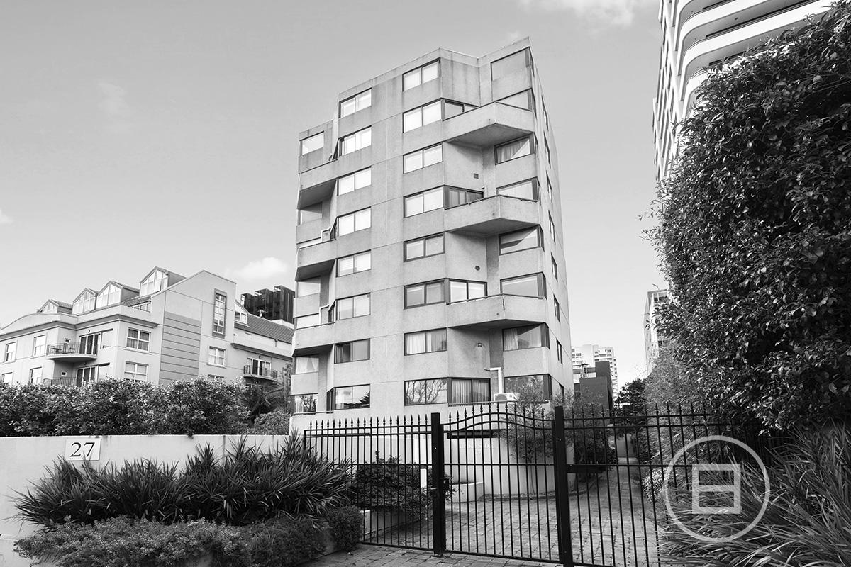 45/27 Queens Road, MELBOURNE 3004