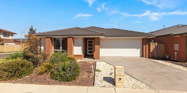 66 Seagrass Crescent